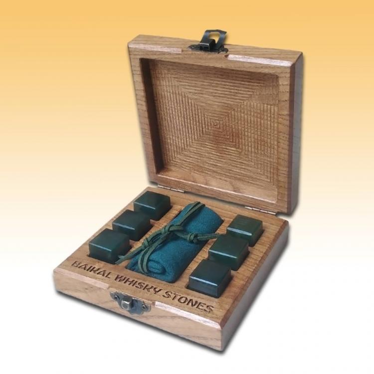 Jade Whisky Stones 6 piece set