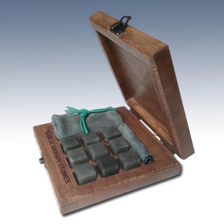 Jade Whisky Stones 9 piece set